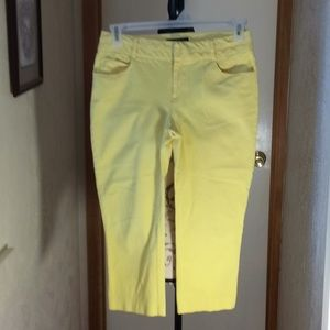 💛3/$20 International Yellow  Capris Spandex